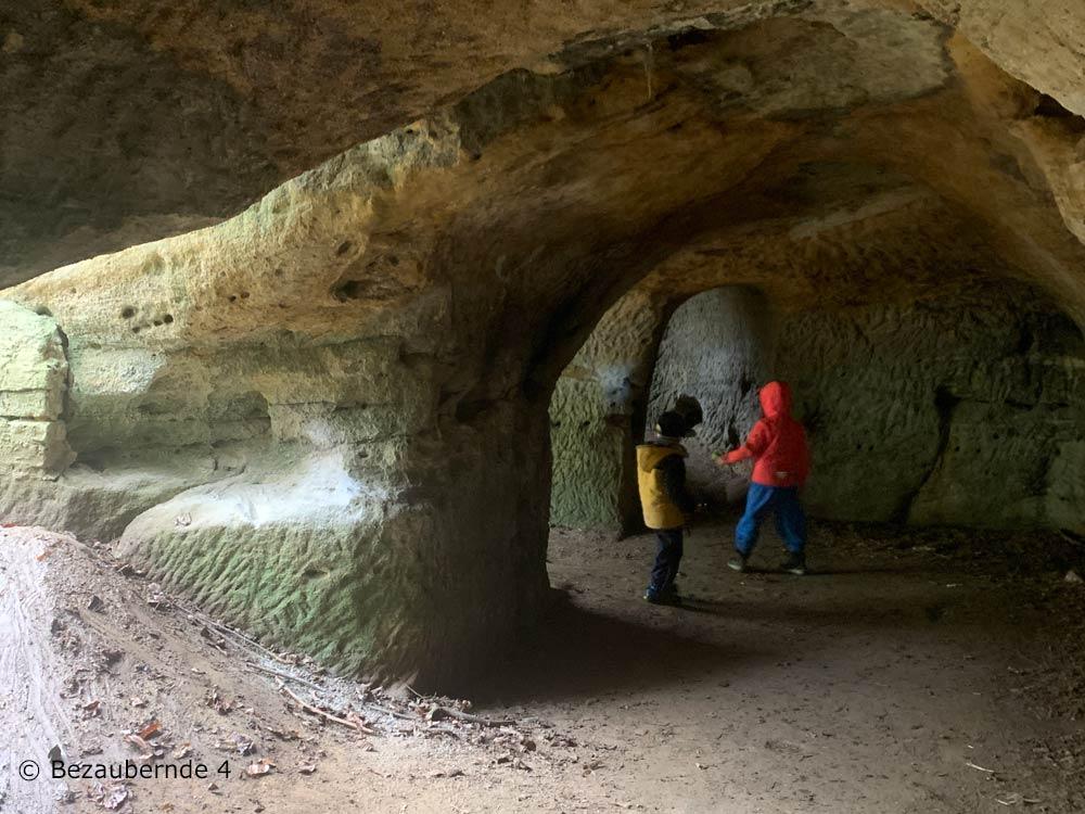 Felsenkeller an der Löwengrube in Altdorf für Kinder